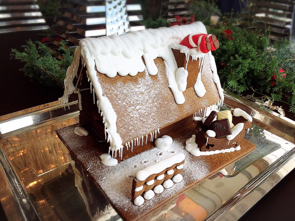 パレスホテル東京のクリスマスケーキ試食会でお菓子の家を発見