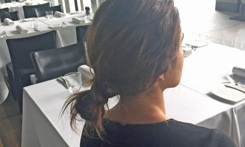 簡単まとめ髪ならシニヨン
