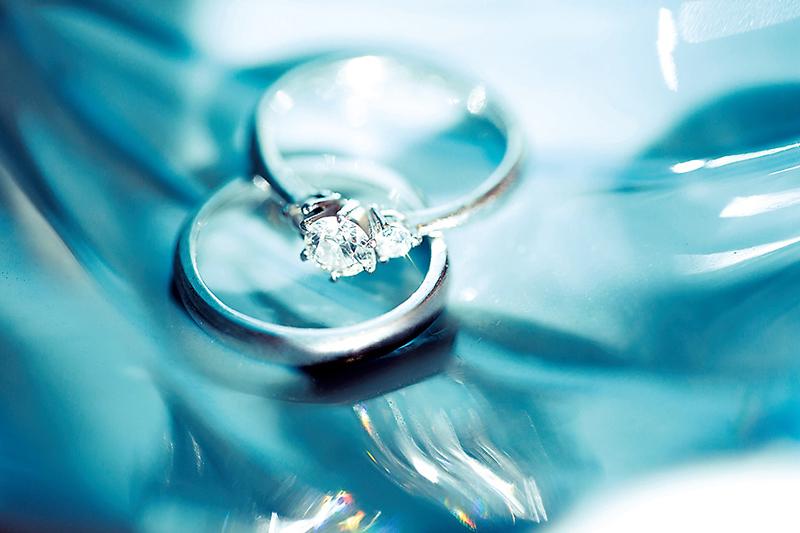 熊井公美さん(26歳/IT関連会社)の結婚指輪と婚約指輪