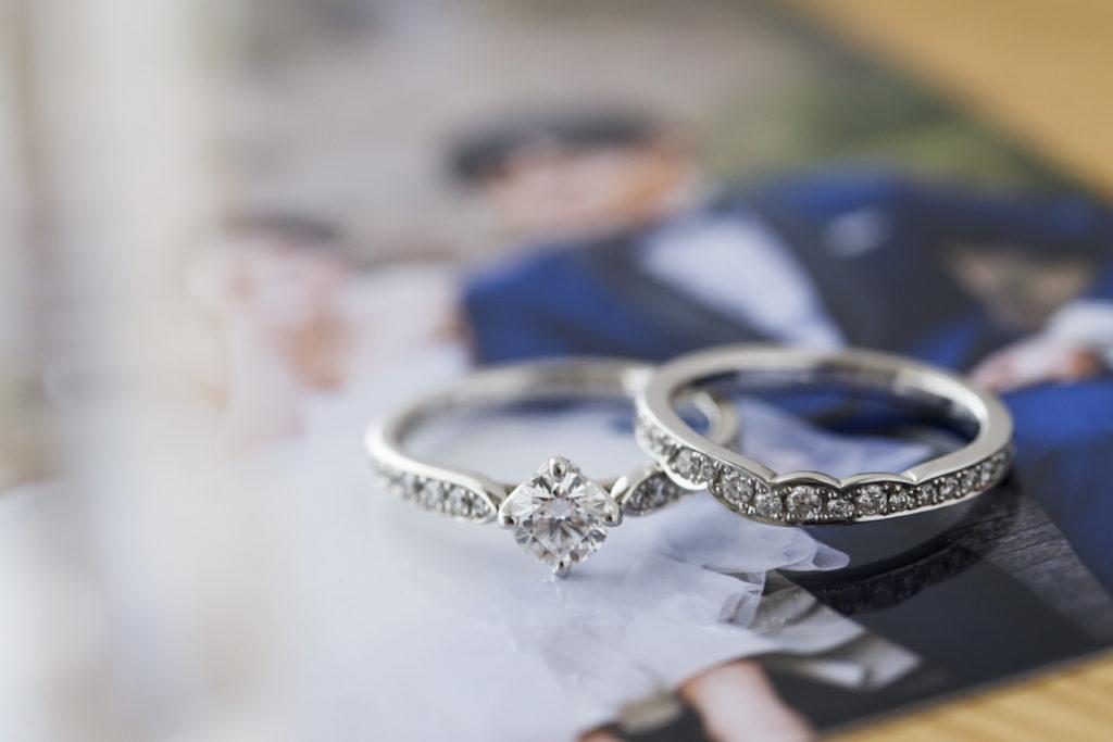 彼が緊張しながらサイズをはかってくれた結婚指輪