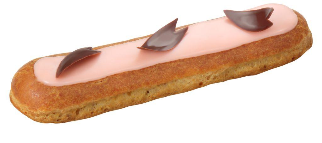 お花見の持ちよりはラ・メゾン・デュ・ショコラの桜エクレアに決まり