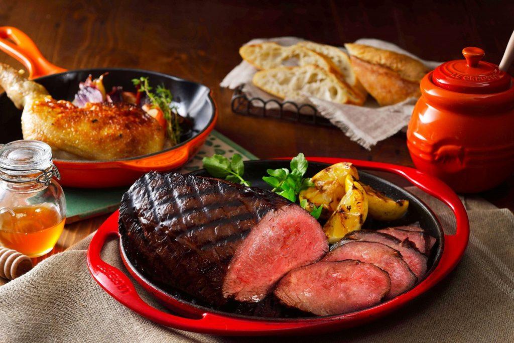 焼くだけでお肉を美味しくしてくれるル・クルーゼのBBQアイテム
