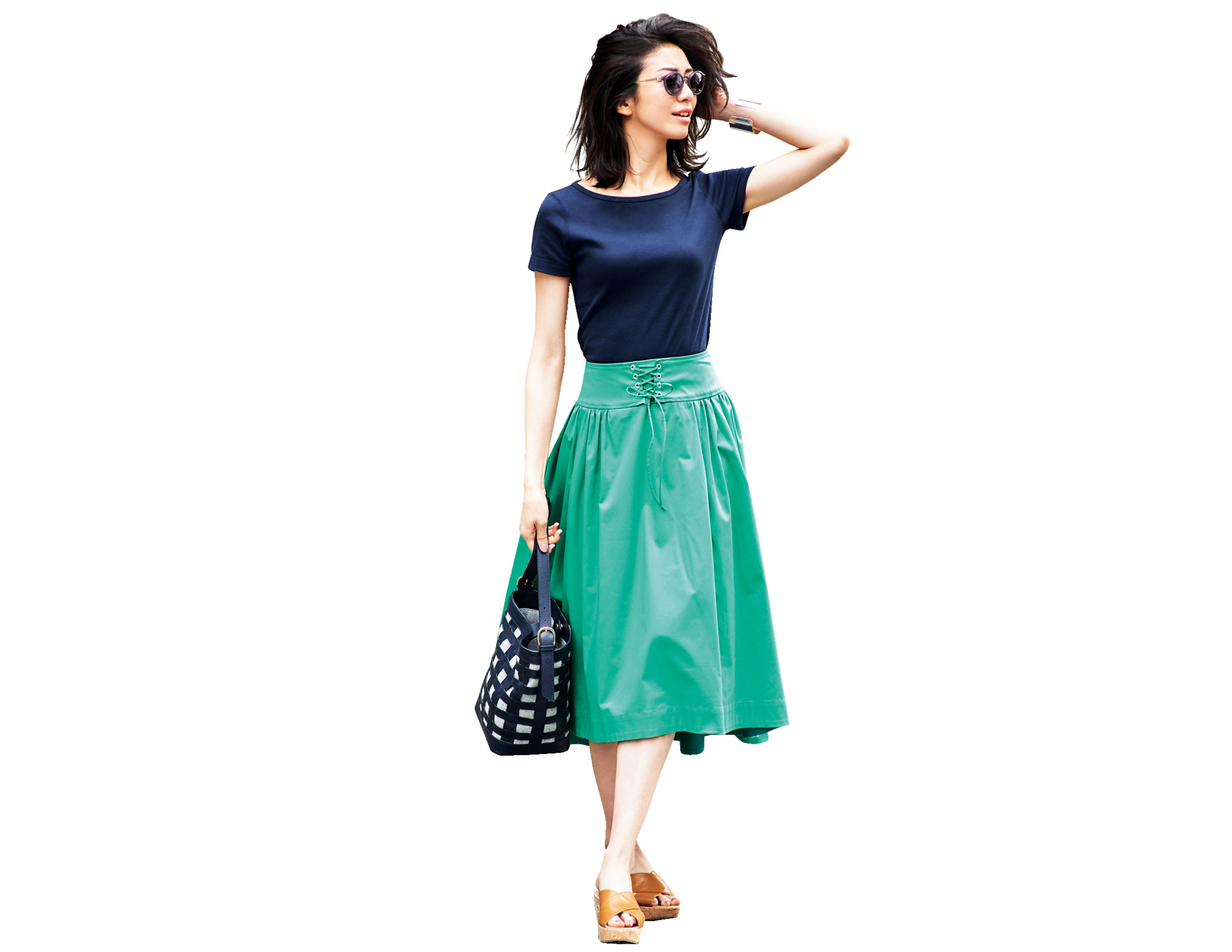 カラースカートとトップスの配色ルール