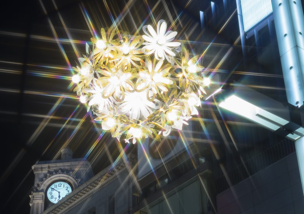 GINZA ILLUMINATION 2017 ヒカリミチ~未来を照らす花~ 開催中