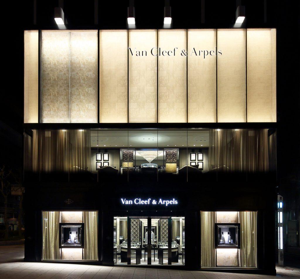 ヴァン クリーフ&アーペル 大阪・心斎橋に新たなブティックをオープン!
