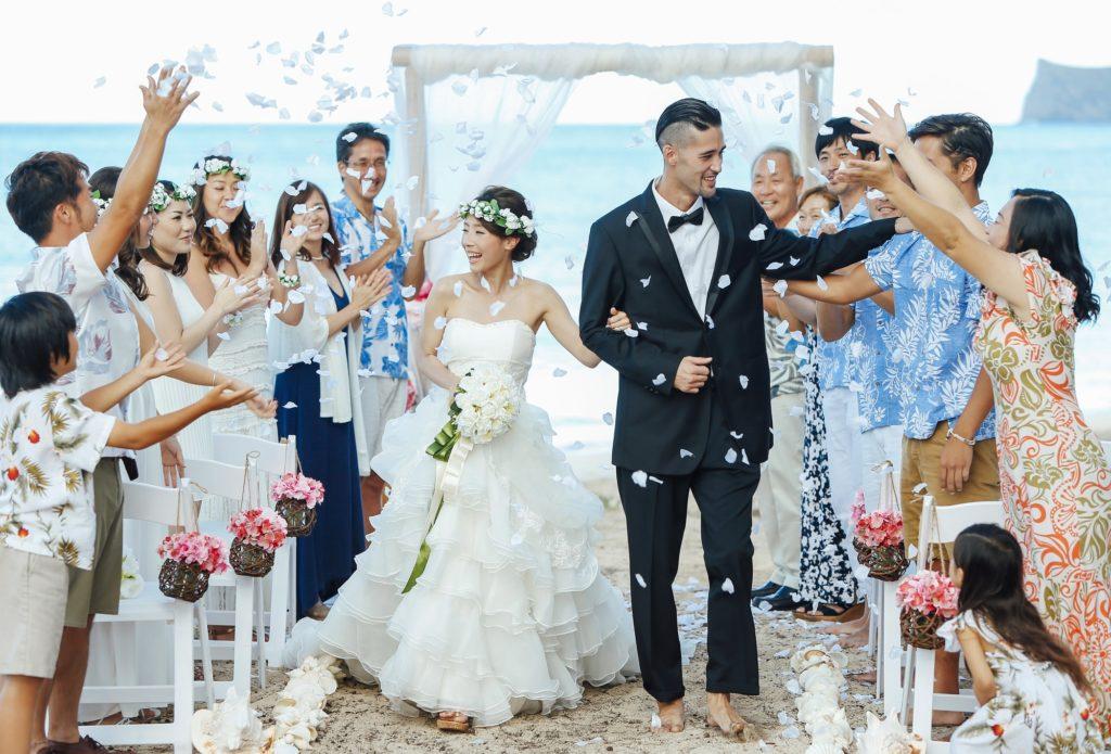 会社への結婚報告はどうするのが正解? 快く祝福されるための基本マナー