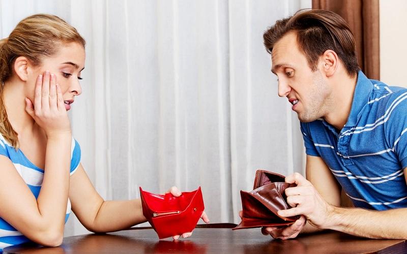 貯金をしていない男性は注意!「お金の話」をする