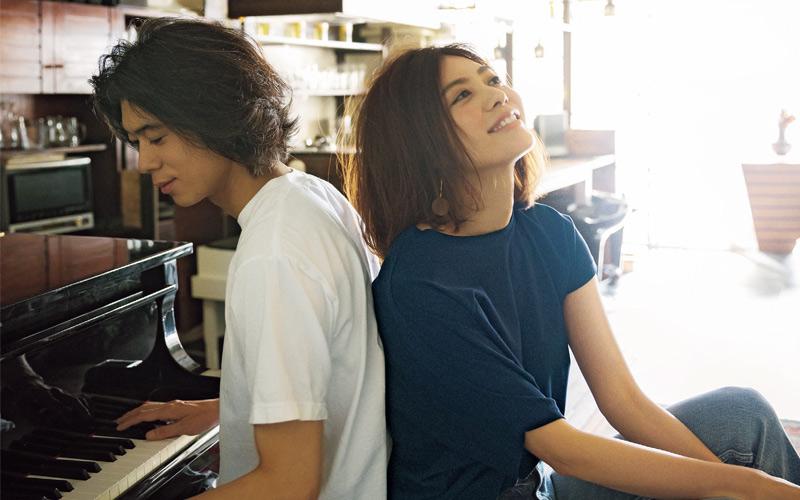 【7/9のコーデ】亮子ちゃんに片思い中の世那。そうそう、こうやってピアノを弾きながら告白すれば上手くいくよ