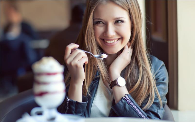 (5)次のデートにつながるかも!「おいしそうに食べる仕草」