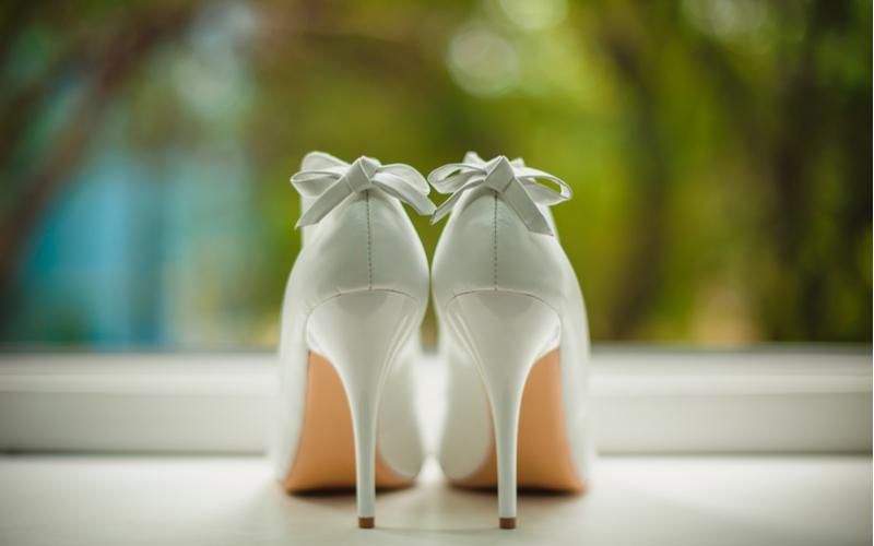 ■花嫁と同じ白のパンプスはアリ?