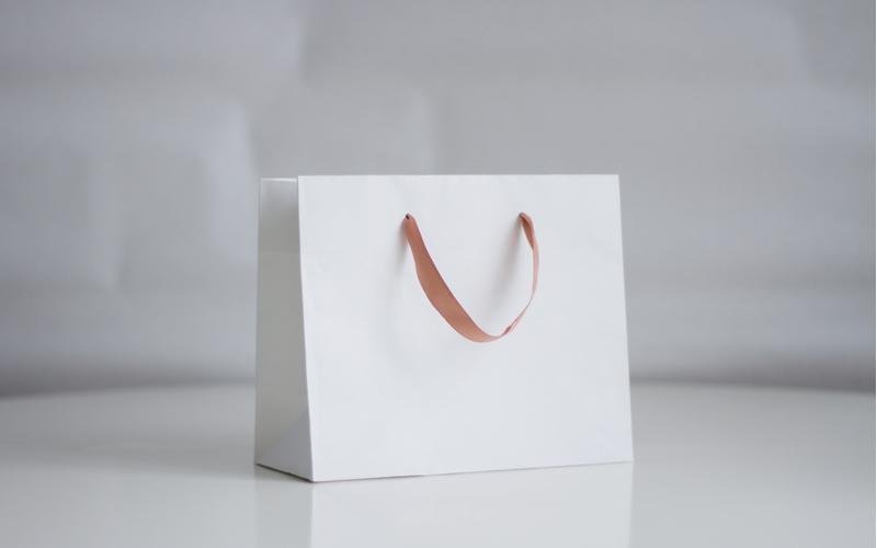 ■サブバッグに紙袋はNG!