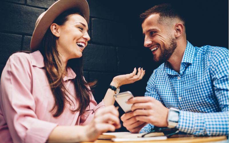 ついしゃべっちゃう…男性が本命女性にだけ話すこと4選