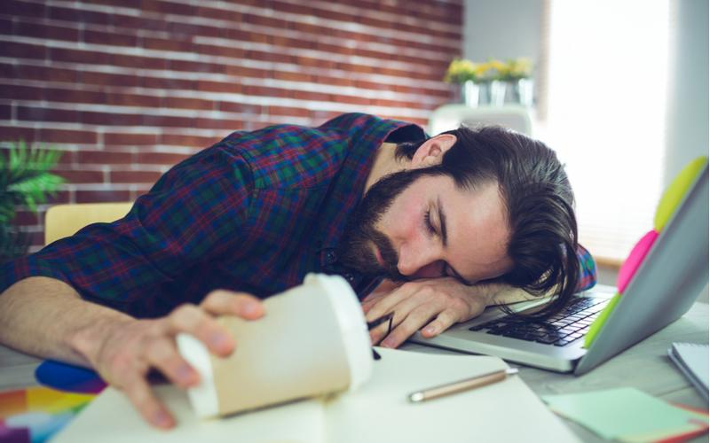 2.昼寝がガチすぎて、起こされても気づかない