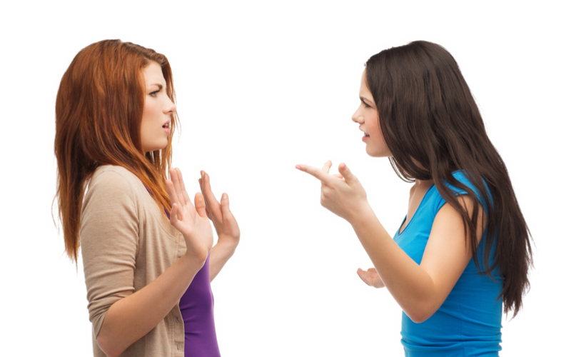 怖すぎる…!社内不倫がバレて奥さんに職場に乗り込まれた衝撃話3つ