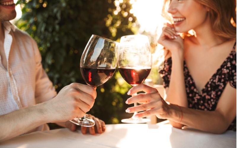 この酔い方は正解♡男性が可愛いと思う女性のお酒の飲み方5つ